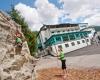 Klettern vorm Hotel Sportwelt Walchhofer